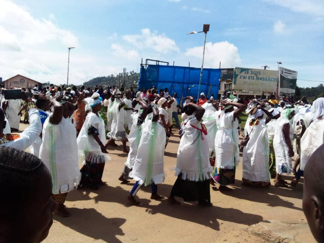 Beni : Environ une centaine des femmes de Beni manifestent  pour réclamer la paix dans leur région