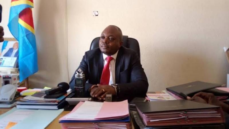 Sud-Kivu : Le Ministre provincial des TRANSCOM Claude Basila sensibilise les amateurs des lacs Kivu et Tanganyika sur le paiement des taxes de navigation