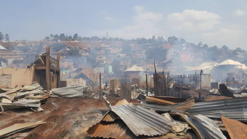 Incendie à Bukavu : Une centaine des maisons et des biens de valeur partis sous les flammes dans trois avenues du quartier Nyalukemba