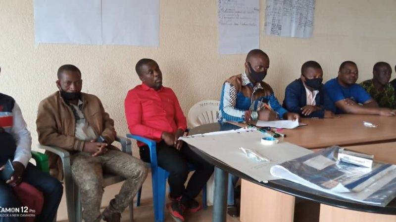 Sud-Kivu : La Commission parlementaire de l'ASSPRO en tournée de sensibilisation sur la justice transitionnelle et la paix en territoire de Fizi